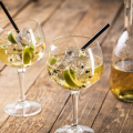 Hero Appelsap-gin cocktail met zwarte peper